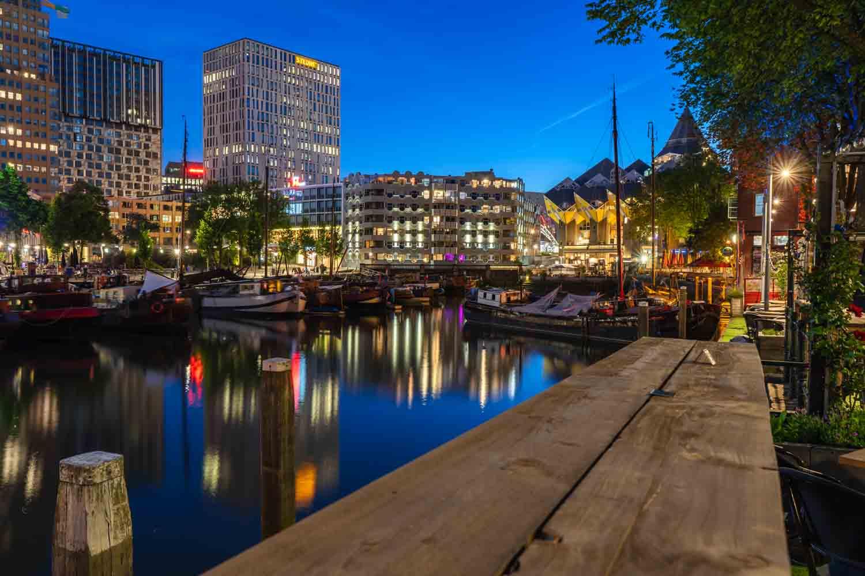 Manon van Alff blauwe uur fotografie Rotterdam